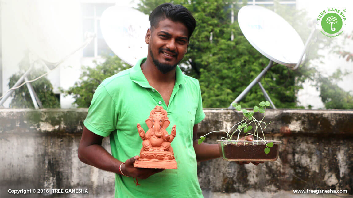 Dattadri Kothur the owner of Tree Ganesha holding the revolution of Tree Ganesha and giving a message to adopt ecofriendly idols